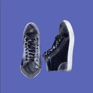 Suede High Ankle Sneakers Size 6